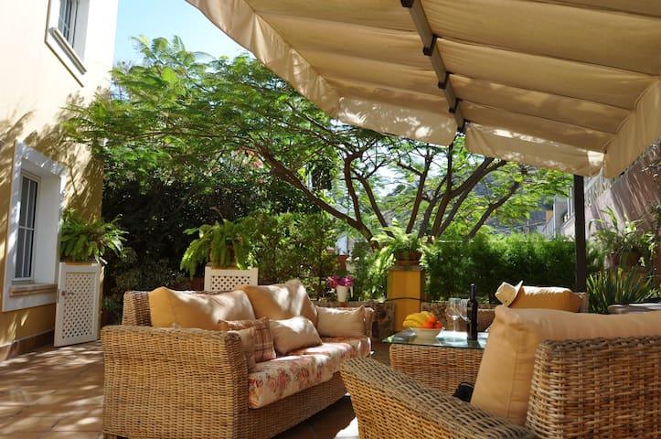 Leafy refuge with terrace - Las Palmas, Gran Canaria - Huoneisto