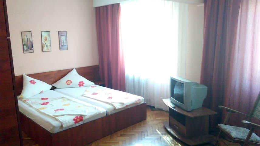 Private room in condo #1 - Baia Mare