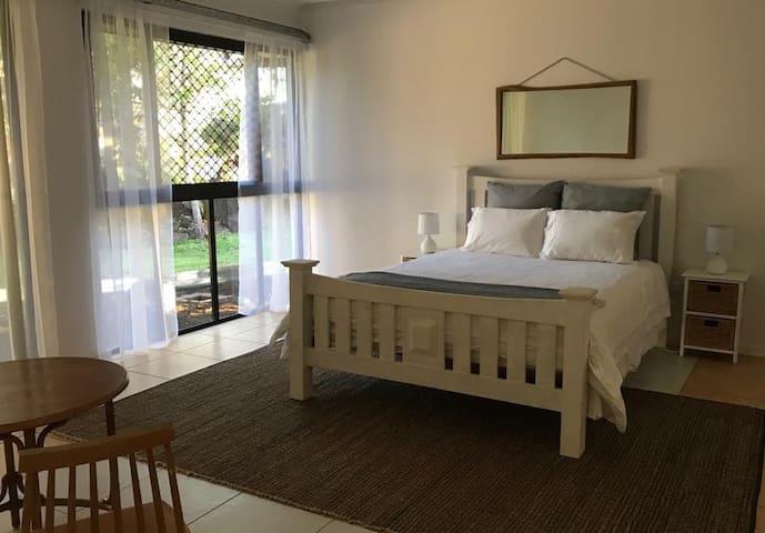 Lilly Pilly room, Mareeba