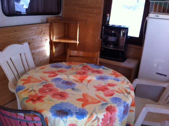 Wohnwagen, Camping Schoenblick Saas Grund
