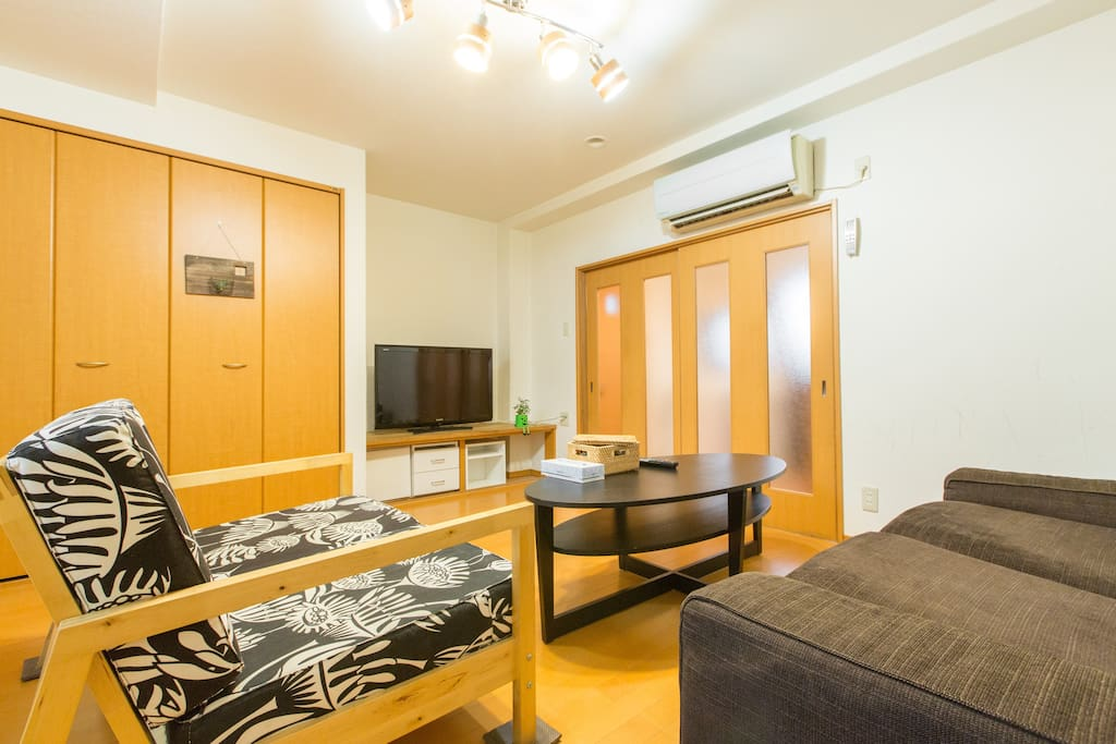 It is a living room. If you are staying more than 5 people please lay mattress (Japanese futon) here.
