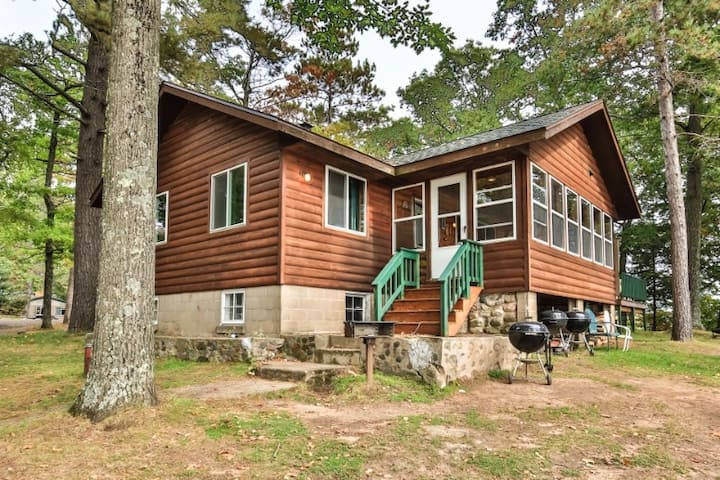 Cottage 8 - Hiller's Pine Haven
