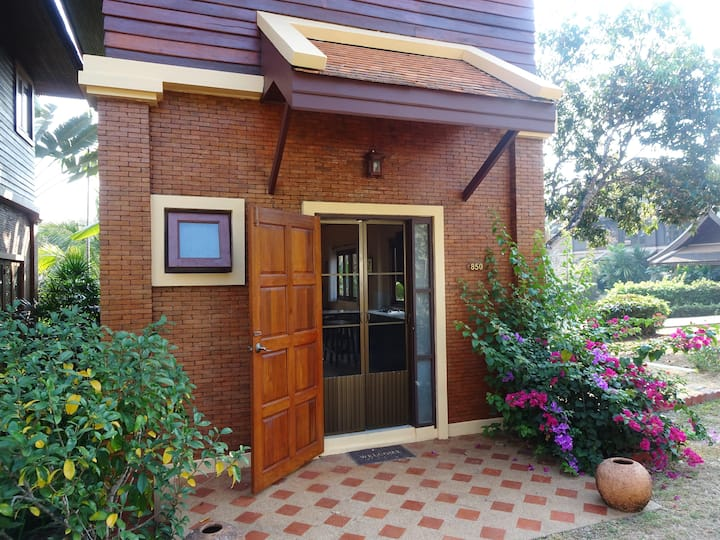 Serenity Villa - Peaceful Healthy Living