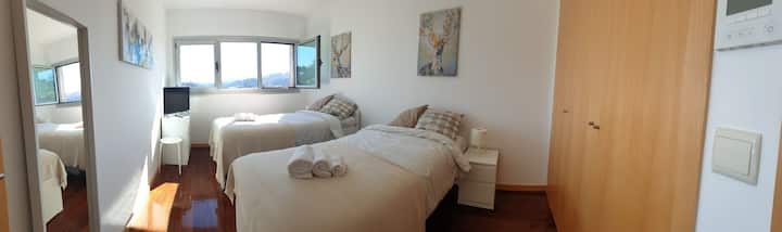 2 Single Beds Bedroom in Arcos de Valdevez