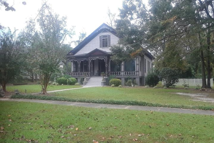 Eufaula Historic District:  The Peacock Suite