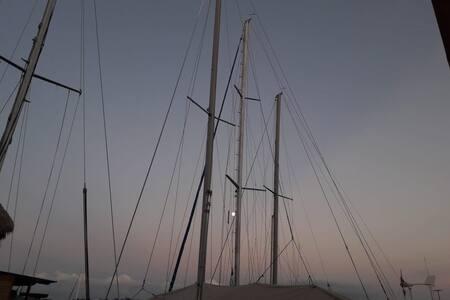 Sueño náutico en el centro de Río Dulce