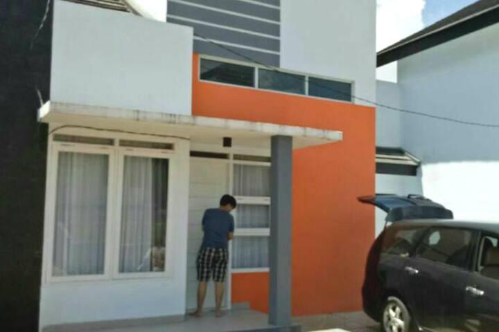 Villa Keluarga Bandung