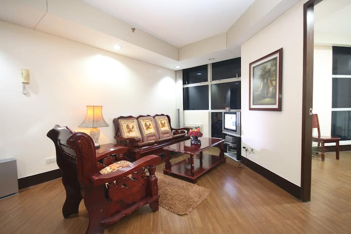 2 Bedrooms Hotel Type Condominium