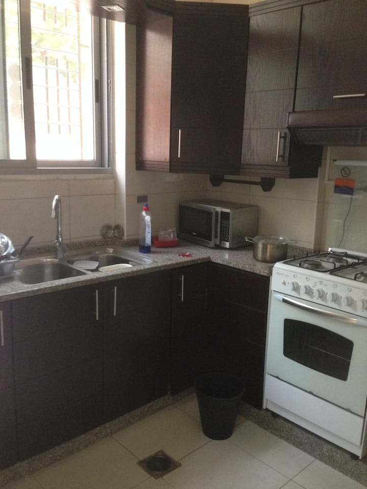 1 bedroom family building in Shmaisani