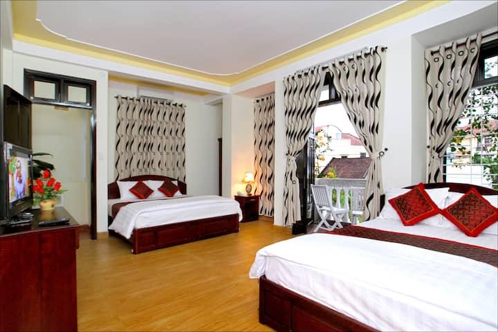 Superior Quad Room - Memories Homestay - Hoi An