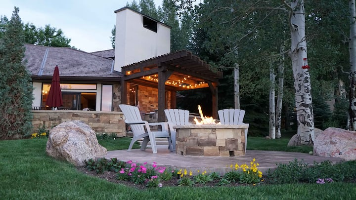 Perfect Getaway for Sking, Mountain Views & R&R!