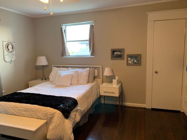 Lovely room, sleeps 2, walk to UAB, bars, &food