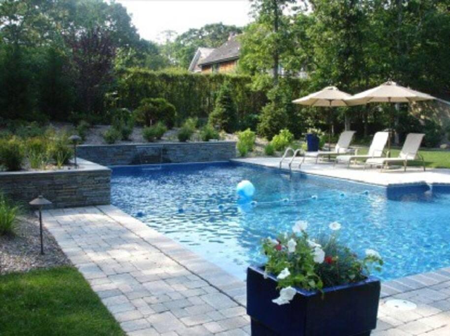 Heated 20' X 40' swimming pool