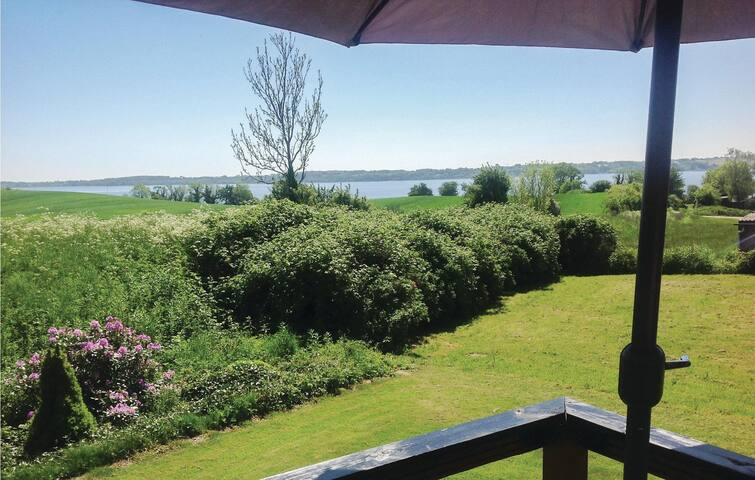Holiday cottage with 2 bedrooms on 64 m² in Aabenraa