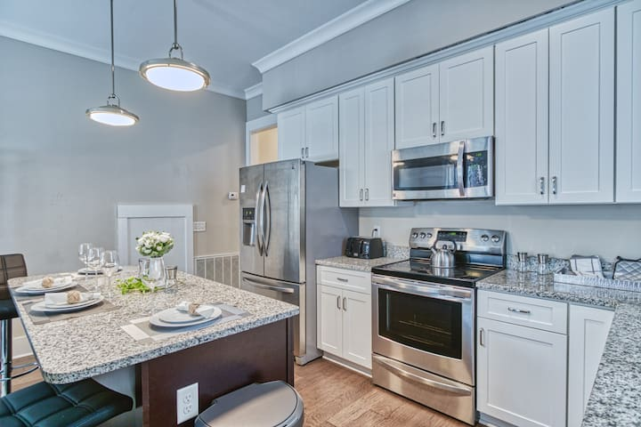 Brand new kitchen with all new appliances to prepare and cook your favorite meals.