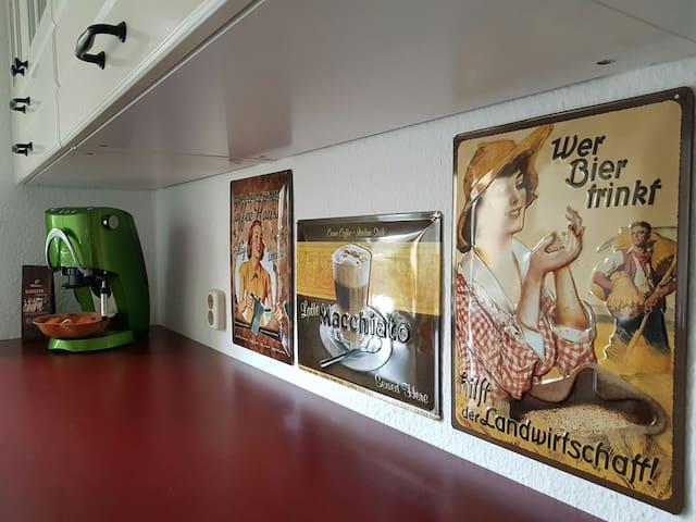 Gemütliche Wohnung in ruhiger Lage - Erfurt - Apartamento