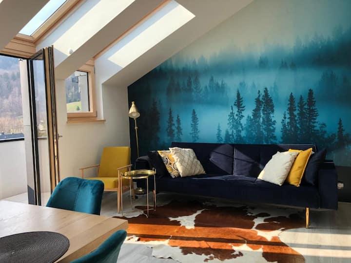 Elegancki apartament z widokiem z widokiem na góry