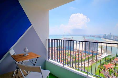 Lv40 Sunrise Seaview Condo Balcony, 1km Gurney, 3