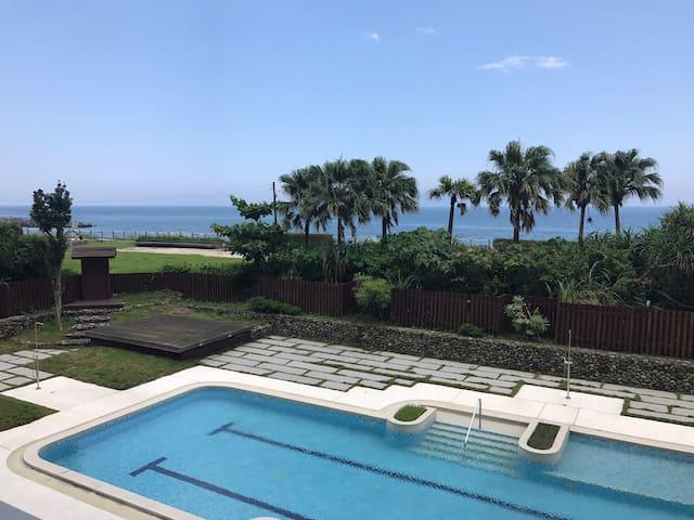 「懶海」頭城住宿~超療癒!享受最舒壓之蔚藍海景套房,身心靈健康up up!(可加床為4人房)