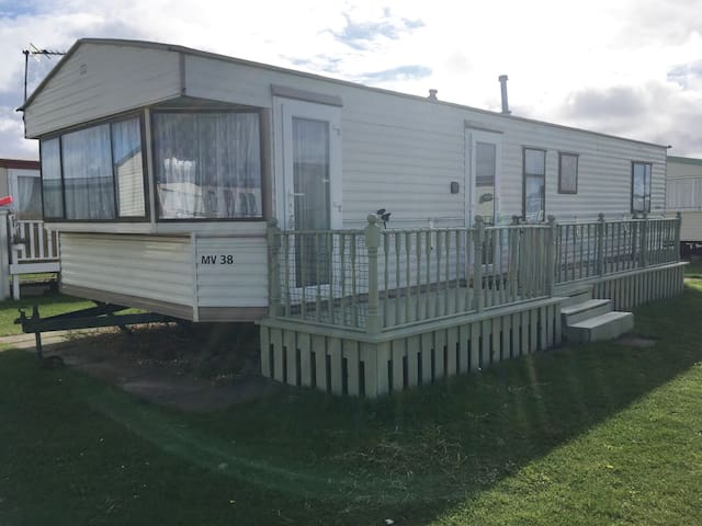 Holiday Home on Golden Palms in Chapel St Leonards