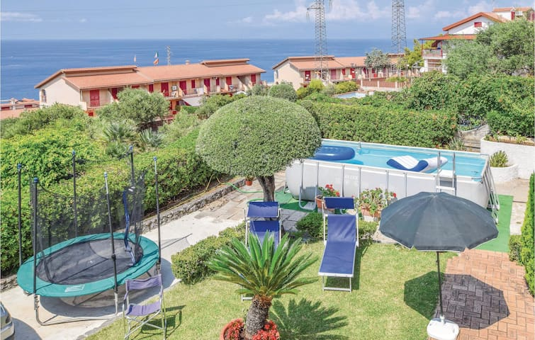 Holiday cottage with 6 bedrooms on 200m² in Praia a Mare CS