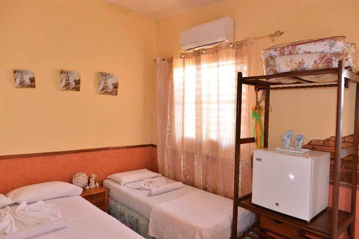 Habitacion privada y climatizada