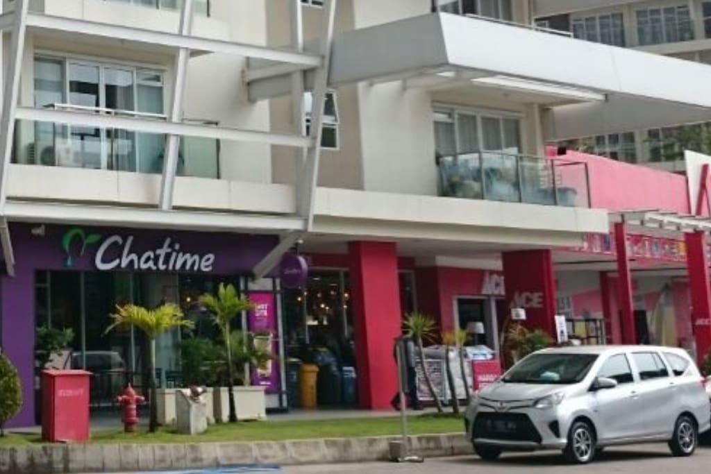 Chatime brand minuman anak-anak zaman now, berada di seberang tower Ruby, tepat hadir di tower Jade area lantai 3A.