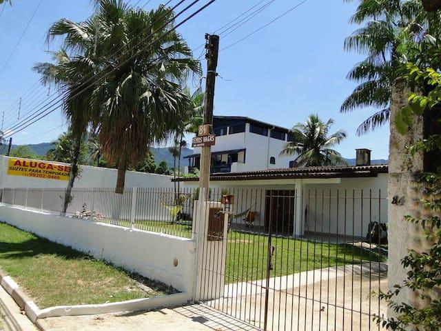 Aluguel de Suítes em Maranduba - Maranduba - Misafir suiti