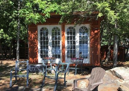 Lakefront Cabin for Vacation Rental