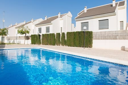House with Seaview and Pool - Guardamar del Segura