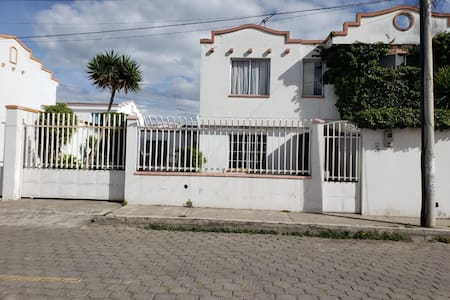 Casa Independiente confortable en Latacunga