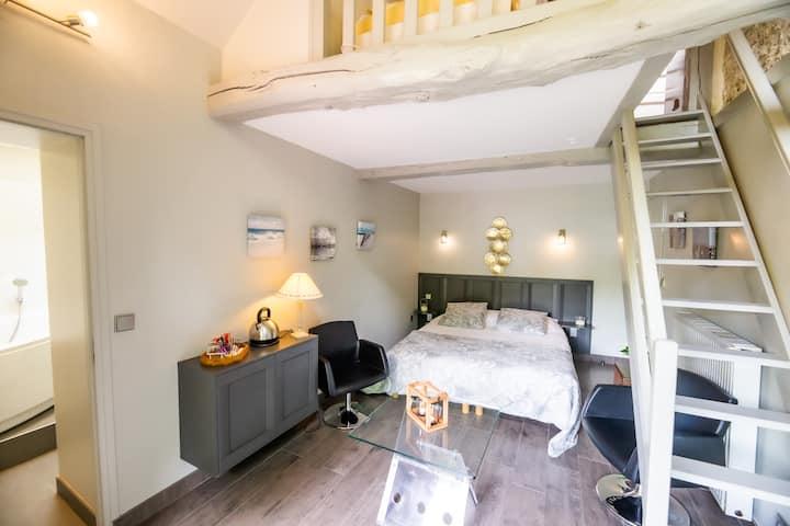"""Chambre """"La Loggia"""" avec accès Piscine et SPA"""