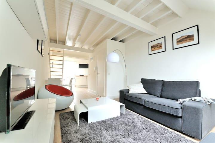 Duplex flat Brussels - rue des Capucins (39-3G)