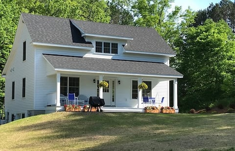 Oaks Creek Guest Cottage