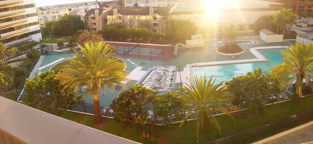 Reviews Reviews Reviews 1BR suite Santa Monica CA