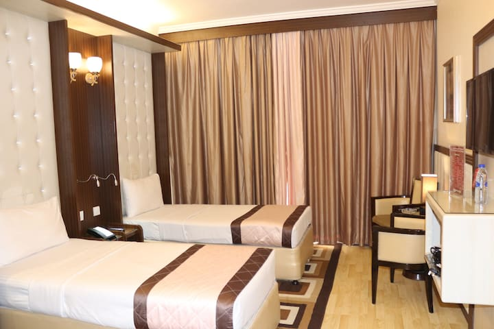 Deluxe Single Room | Sea View with  Balcony