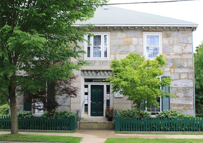 Bristol, RI. Historic Guiteras House