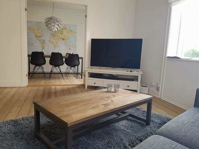 Cozy, big and charming apartment nearby Copenhagen - Dyssegård