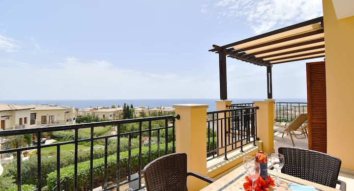 Apartment Thalassa with sea and sunset views