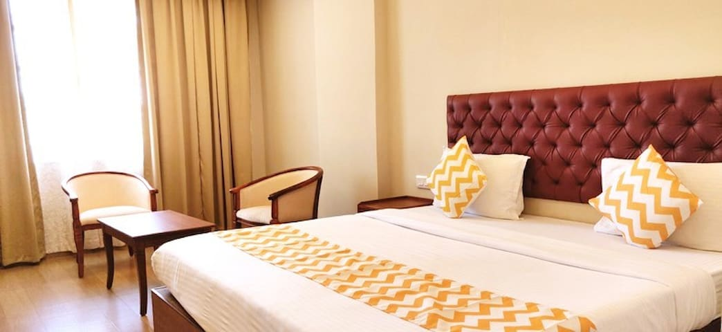 Luxury Premium rooms near Panaji, close to Miramar