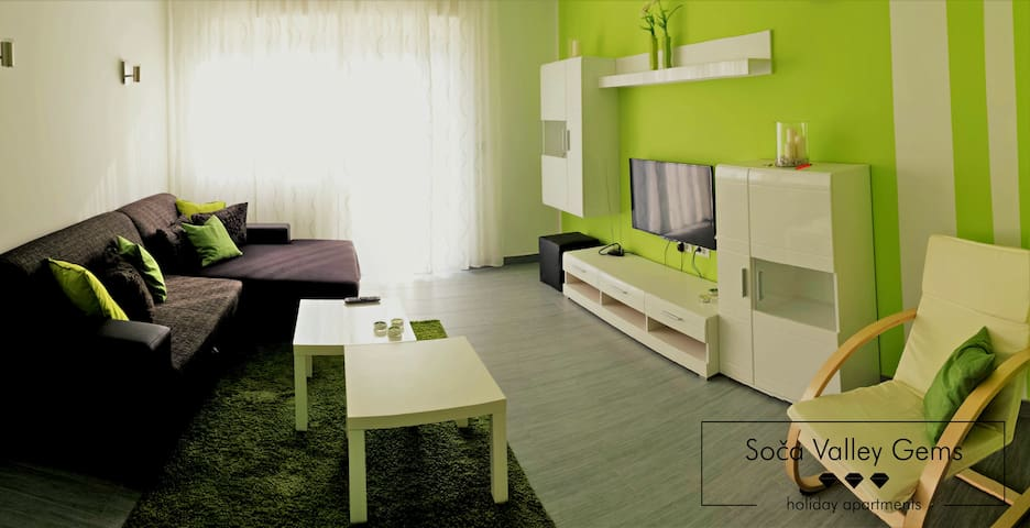 Emerald SOCA Apartment - Volarje - Flat