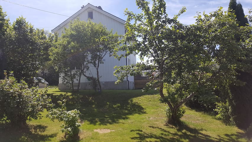 Big modern familyfriendly house 20 min to Oslo!