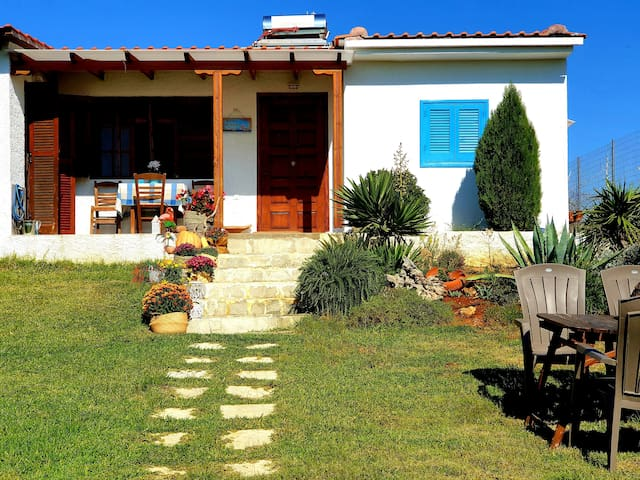 Seaside villa-Halkidiki-Private space with fencing
