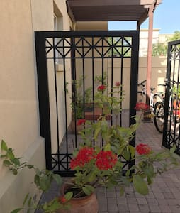 Home away from Home! 2.5br Garden-Villa in Springs - Dubai