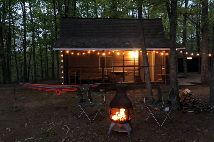 Tiny Cabin Retreat @ Shenandoah Meadows