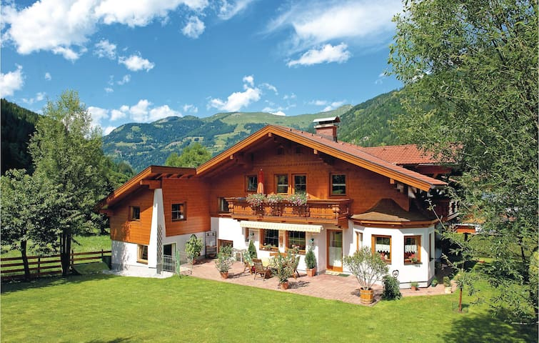 Holiday apartment with 1 bedroom on 50 m² in Dorfgastein