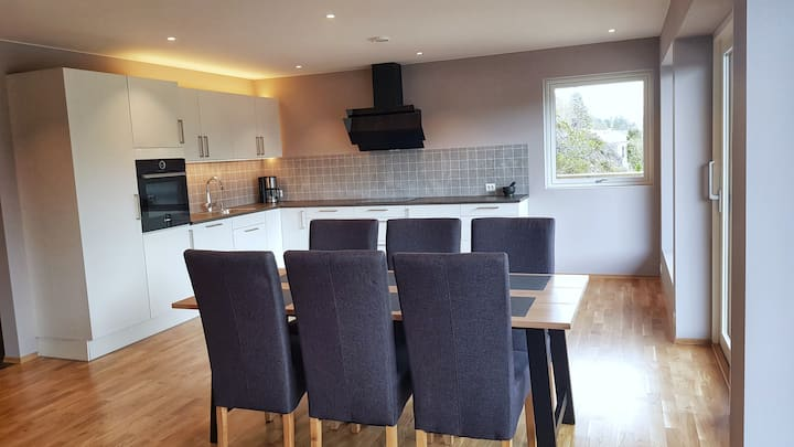 New, 3-bedrooms apartment in Stryn