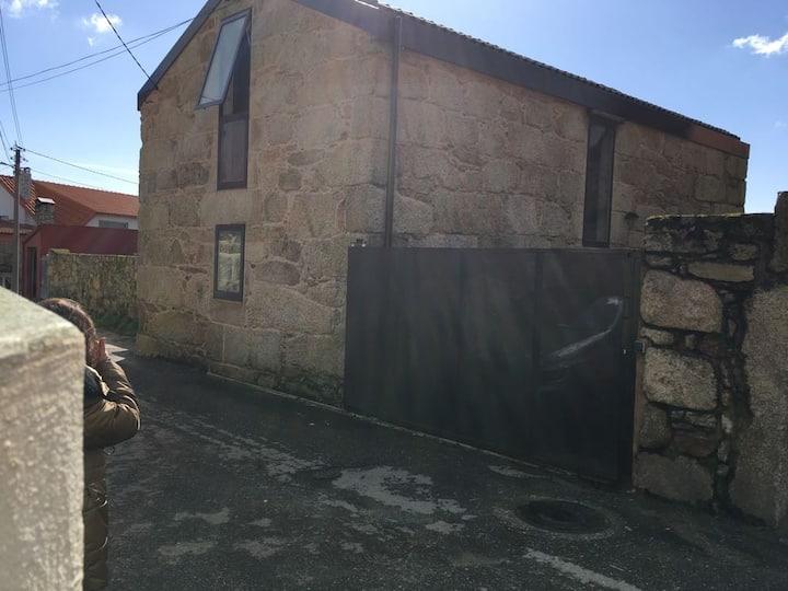 Casa típica gallega rehabilitada. Ribeira