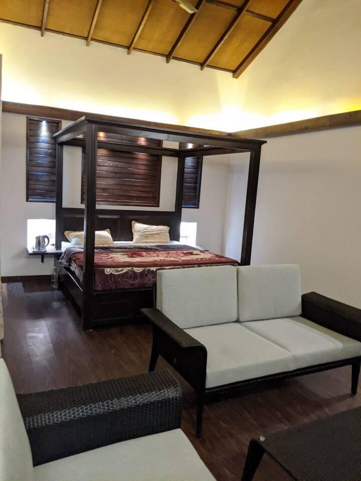 Premium room and balcony-Chails Hamlet