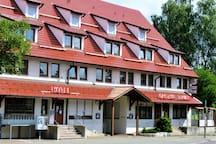 Hotel Conditorei Cafe Baier, (Schömberg), Doppelzimmer Standard mit Frühstück, Dusche und WC